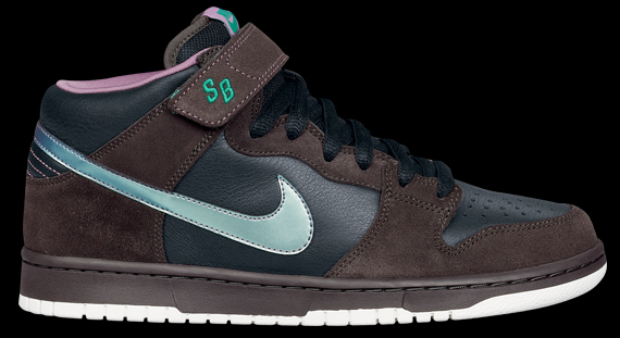 Though many have complained that Nike SB has been slacking in terms of  uniqueness the past couple months 094b47466